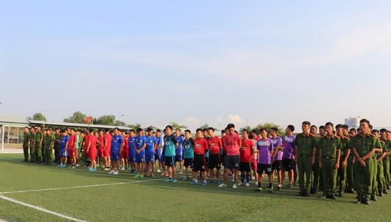 Liên quân cơ quan, đội đặc nhiệm - nghi lễ đăng quang giải bóng đá mừng ngày thành lập Đoàn ảnh 1