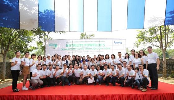 Amway Việt Nam năm thứ 4 liên tiếp phát hành báo cáo trách nhiệm xã hội ảnh 1