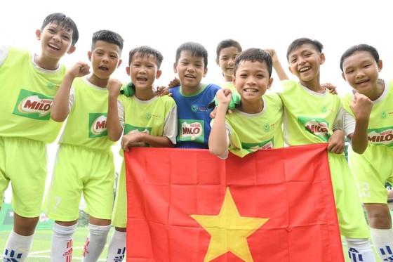 """""""Biệt đội vô địch nhí"""" Việt Nam tranh tài quốc tế"""