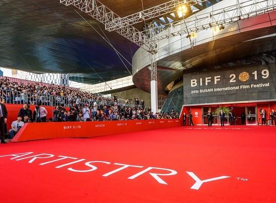 Artistry tiếp tục là nhà tài trợ kim cương Liên hoan phim quốc tế Busan 2019 ảnh 1