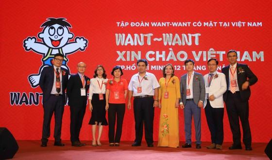 Đại diện WANT WANT cùng các nhà phân phối chiến lược