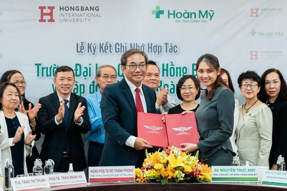 Đại học Quốc tế Hồng Bàng và Tập đoàn Y khoa Hoàn Mỹ hợp tác đào tạo nhân lực y tế