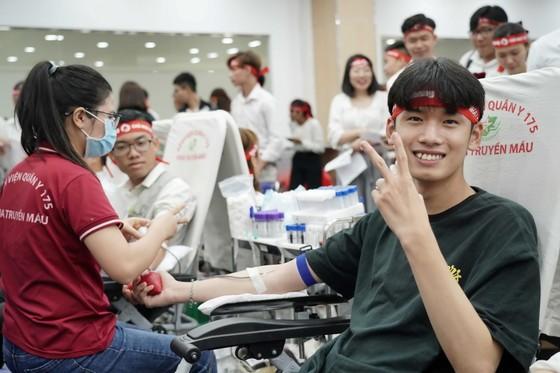 Amway Việt Nam tiếp tục đồng hành chương trình hiến máu Chủ nhật đỏ lần thứ 31-2021 ảnh 2