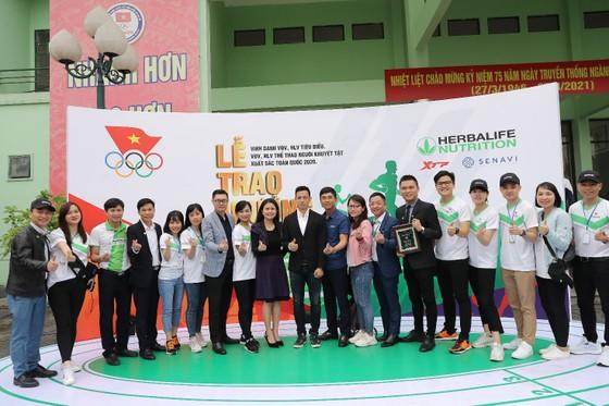 Herbalife Việt Nam đồng hành cùng Tổng Cục TDTT vinh danh VĐV, HLV tiêu biểu 2020 và tổ chức Ngày chạy Olympic vì sức khỏe toàn dân ảnh 5