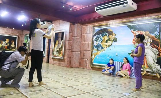 Phòng tranh nghệ thuật 3D lớn nhất Việt Nam ảnh 3