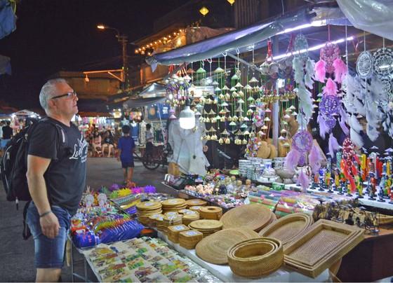 Vắng vẻ chợ đêm du lịch ảnh 1