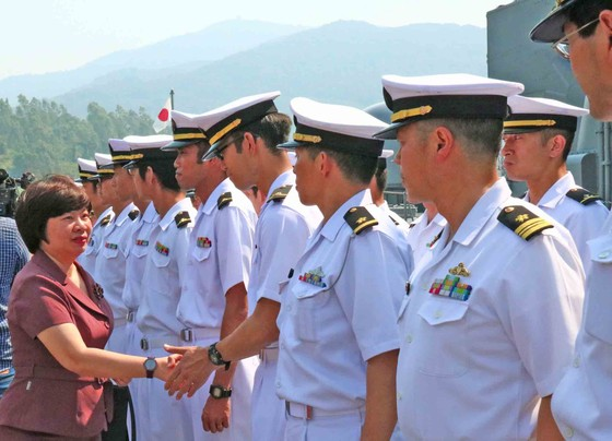 Hai tàu huấn luyện thuộc lực Lượng tự vệ trên biển Nhật Bản cập cảng Tiên Sa ảnh 2