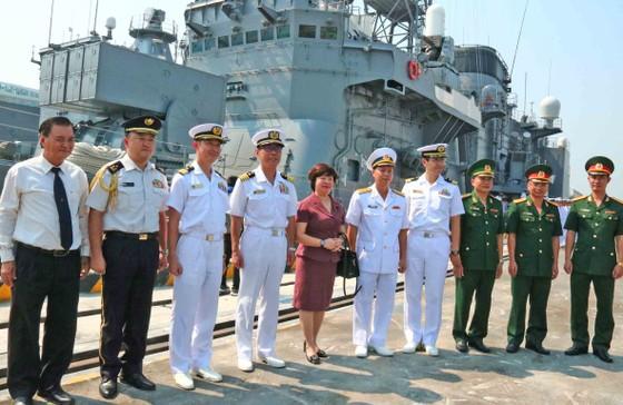 Hai tàu huấn luyện thuộc lực Lượng tự vệ trên biển Nhật Bản cập cảng Tiên Sa ảnh 4