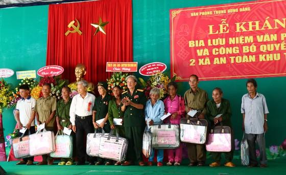 Khánh thành Bia lưu niệm Văn phòng Khu ủy Khu V ảnh 6