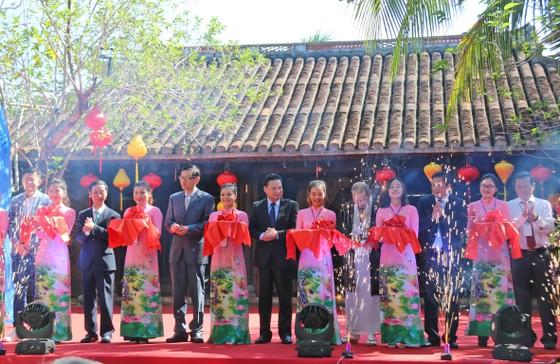 Festival Văn hóa Tơ lụa thổ cẩm Việt Nam - Thế giới 2019 ảnh 1