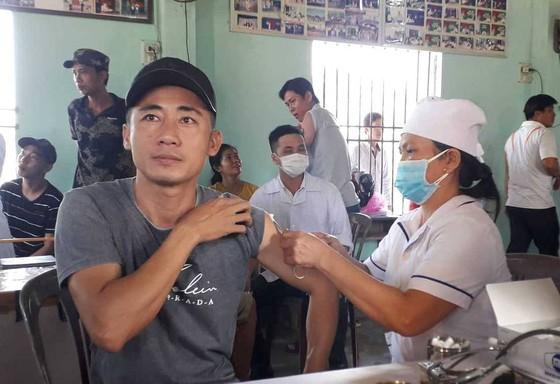 Quảng Nam khẩn trương tiêm vaccine phòng chống bệnh bạch hầu ảnh 1