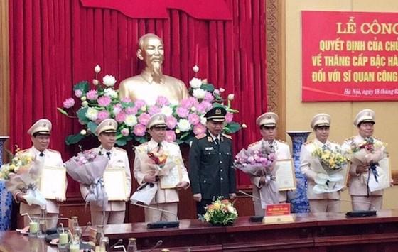 Công bố quyết định thăng cấp bậc hàm Thiếu tướng đối với Giám đốc Công an Quảng Nam ảnh 1
