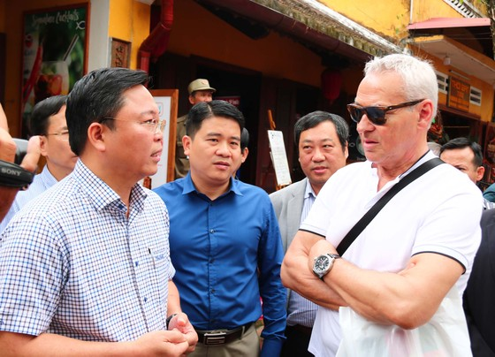 Mua vé tham quan phố cổ Hội An: Khách quốc tế giảm 50%, khách Việt chỉ 10% so với cùng kỳ ảnh 2