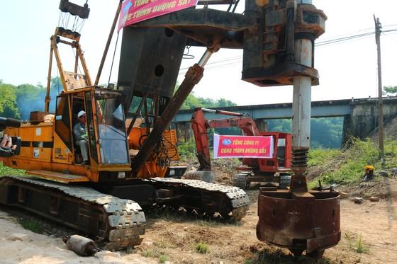 Khởi công Dự án cải tạo, nâng cấp các cầu yếu trên tuyến đường sắt Hà Nội – TPHCM ảnh 3
