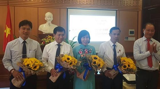 Ông Nguyễn Văn Sơn được bầu giữ chức Chủ tịch UBND thành phố Hội An ảnh 1