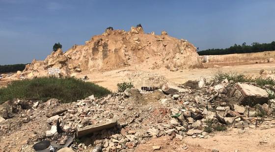 Cần chấn chỉnh hoạt động khai thác khoáng sản tại Núi Dàng ảnh 2