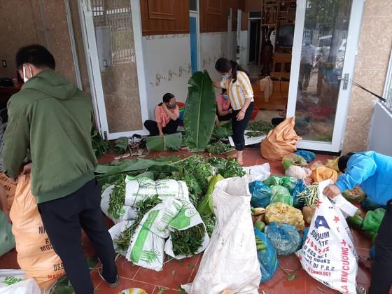 9 tấn rau củ quả của huyện miền núi Quảng Nam sẽ được chuyển đến khu cách ly Đà Nẵng ảnh 1