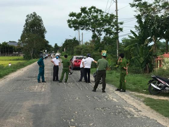 Trên đường đi làm, cô gái ngã nhào xuống đường thiệt mạng sau tiếng nổ lớn ảnh 1