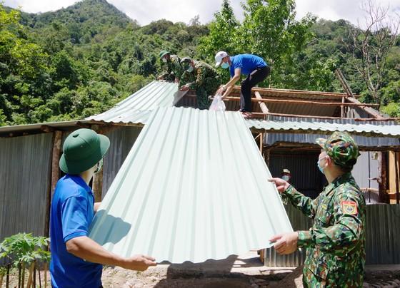 Ấm áp chương trình 'Kết nối trái tim - Hướng về biên giới' ở Quảng Nam ảnh 2