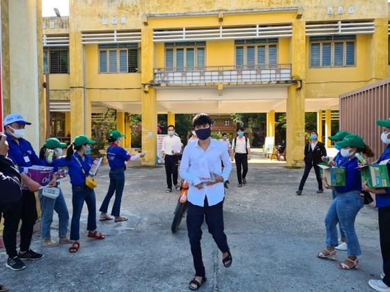 Đà Nẵng, Quảng Nam và Quảng Ngãi cho học sinh nghỉ học để tránh bão số 5 ảnh 2