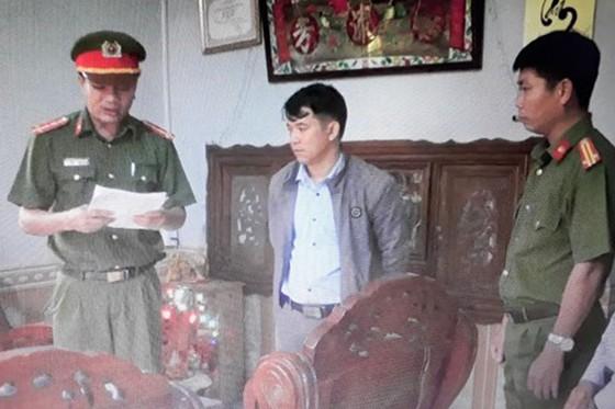 Quảng Nam, bắt nguyên cán bộ địa chính xã làm giả giấy tờ đất đai ảnh 1