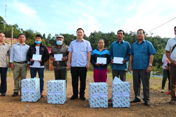 Đà Nẵng tài trợ cho Quảng Nam hơn 12 tỷ đồng khắc phục bão số 5 ảnh 3