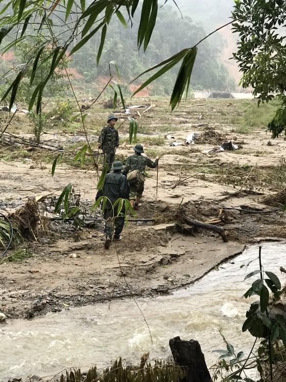 Tạm dừng tìm kiếm người mất tích tại xã Phước Lộc để phòng tránh bão số 10 ảnh 4