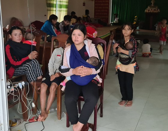 Xã bị cô lập ở Quảng Nam kêu cứu ảnh 4