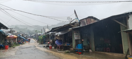 Xã bị cô lập ở Quảng Nam kêu cứu ảnh 3