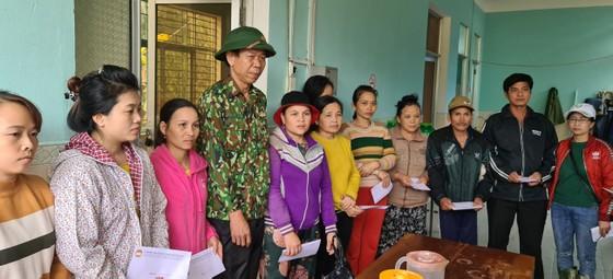 Huyện Phước Sơn thăm người dân xã Phước Thành (Quảng Nam) ảnh 4