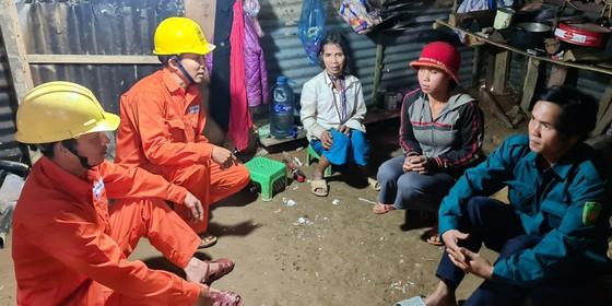 Nỗ lực khắc phục hạ tầng vùng sạt lở tại Quảng Nam ảnh 6