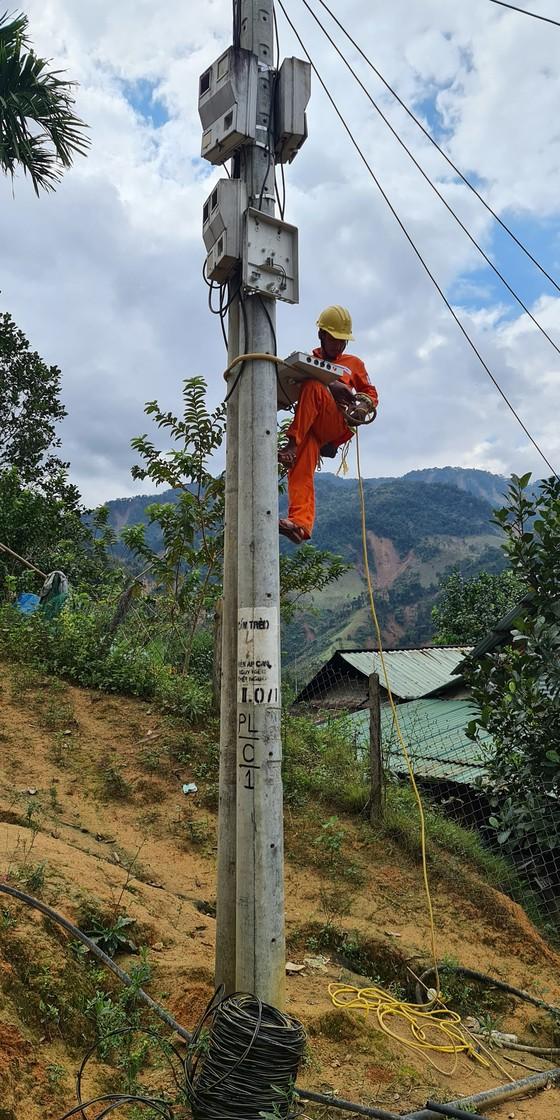 Nỗ lực khắc phục hạ tầng vùng sạt lở tại Quảng Nam ảnh 9