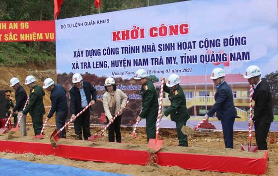 Trưởng Ban Dân vận Trung ương: Đề nghị Quảng Nam tiếp tục tập trung giúp đỡ người dân Trà Leng sớm ổn định chỗ ở ảnh 3