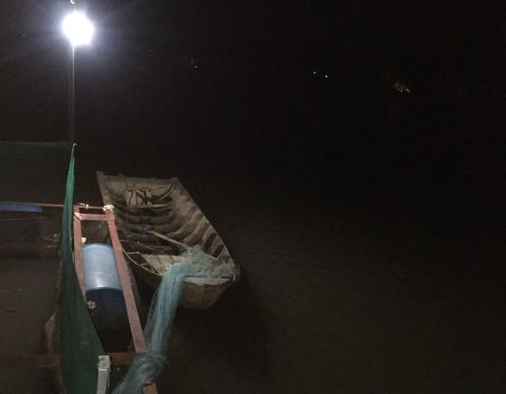 Điều tra nguyên nhân người đàn ông tử vong khi đi chài cá trên sông Cái Cối ảnh 1