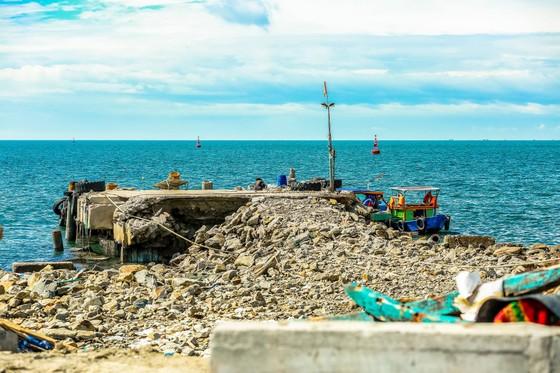 Quảng Bình: Tàu cá chìm vì cưỡng chế cảng lậu không triệt để? ảnh 2