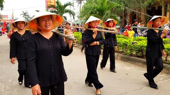 Lễ hội cầu ngư và xuất quân đánh cá tại làng biển Cảnh Dương ảnh 8