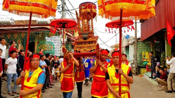 Lễ hội cầu ngư và xuất quân đánh cá tại làng biển Cảnh Dương ảnh 4