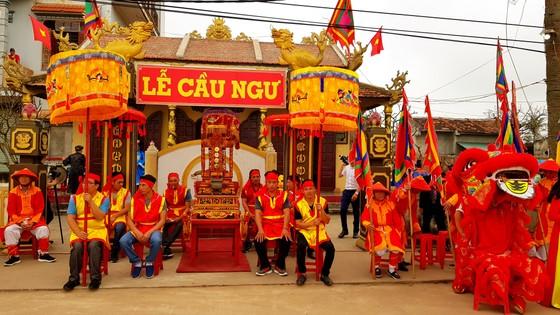 Lễ hội cầu ngư và xuất quân đánh cá tại làng biển Cảnh Dương ảnh 10