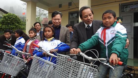 Quảng Bình khánh thành 37 căn nhà cho đồng bào A Rem, Ma Coong đón tết Kỷ Hợi ảnh 2