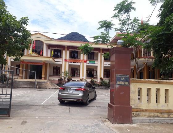 Quảng Bình: Tịch thu gần 5m3 gỗ lậu trong trụ sở UBND xã ảnh 1