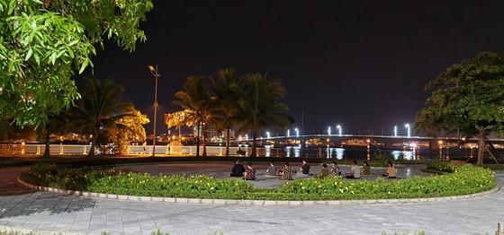 Đôi bờ sông Nhật Lệ bừng sáng sau khi được chỉnh trang  ảnh 10