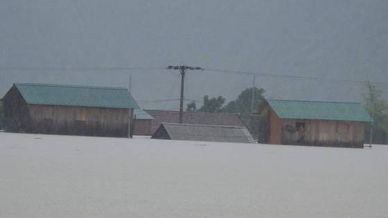 Hơn 12.000 nhà dân ở Quảng Bình ngập nặng ảnh 14