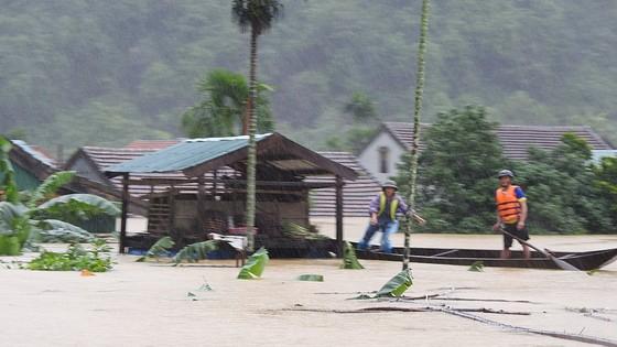 Hơn 12.000 nhà dân ở Quảng Bình ngập nặng ảnh 12