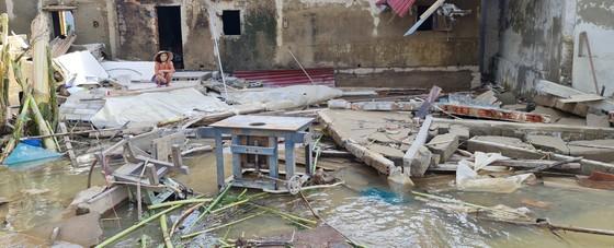 Quảng Bình: Hỗ trợ khẩn cấp 100 tỷ đồng cho hơn 100.000 hộ dân bị lũ lụt hoành hành ảnh 5