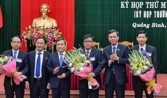 Quảng Bình bầu 3 Phó Chủ tịch UBND tỉnh ảnh 2