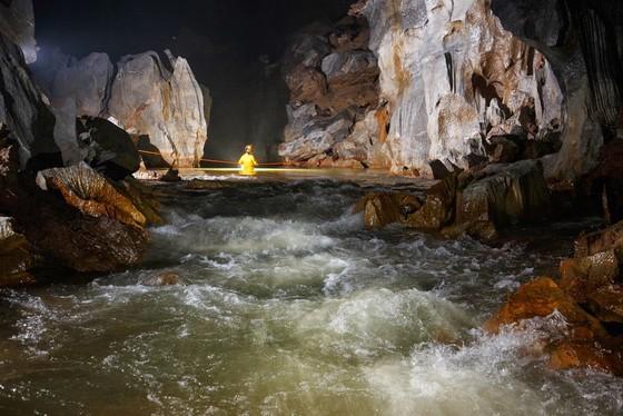 Xác lập 3 hang động lớn nhất thế giới ở Quảng Bình ảnh 1