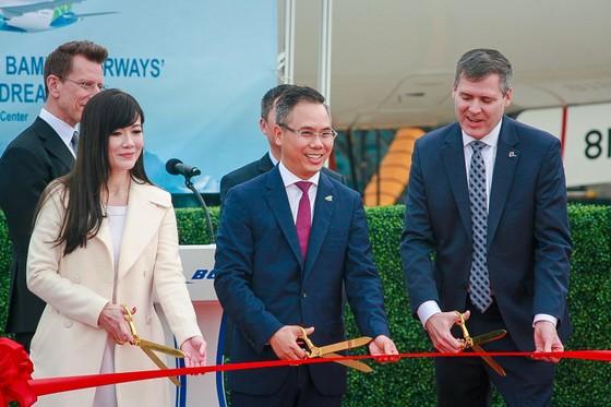 Máy bay Boeing 787-9 Dreamliner đầu tiên về với đội bay của Bamboo Airways ảnh 2