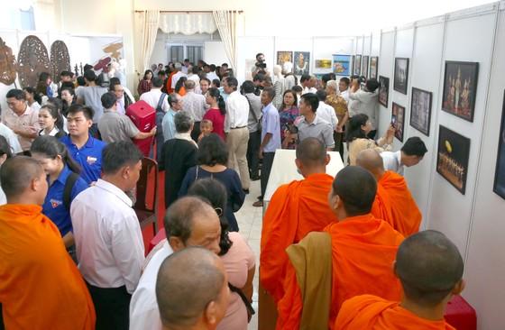 Triển lãm 'Campuchia Vương quốc Văn hóa' ảnh 3
