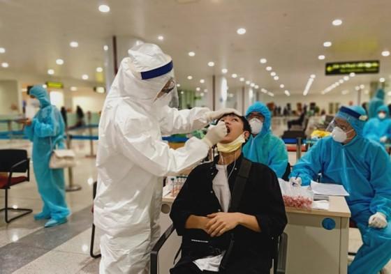 ADB giải ngân 16,1 tỷ USD giúp các nước Châu Á ứng phó dịch Covid-19   ảnh 1