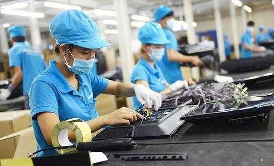 ADB dự báo tăng trưởng GDP Việt Nam năm 2021 đạt 6,7% ảnh 1